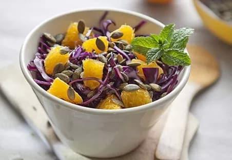 Illustration pour la recette diététique salade chou rouge vitaminée