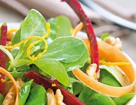 Recette-diététique-Salade-de-mâche-aux-zestes-d-orange