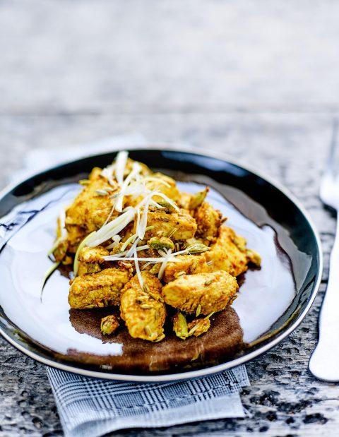 Poulet mariné au lait fermenté et épices d'Inde - la recette du mois