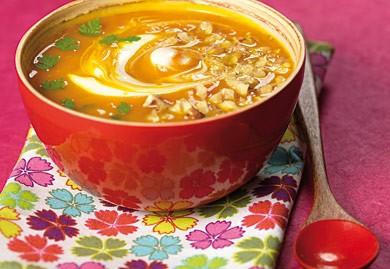 Une délicieuse soupe à base de potimarron.
